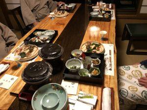 喜久屋の夕食風景