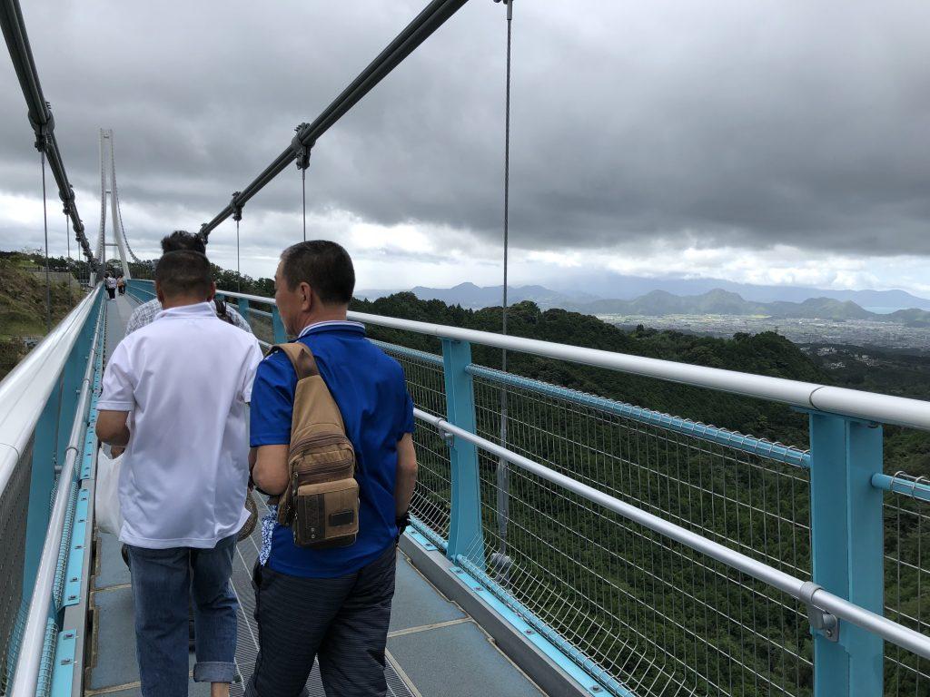 三島スカイウォークの橋の上